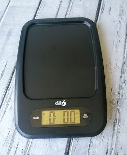 """The high-resolution screen provides easy viewing angles on any kitchen counter."" Mom Knows Best : EatSmart Precision Digital Kitchen Scale Review"
