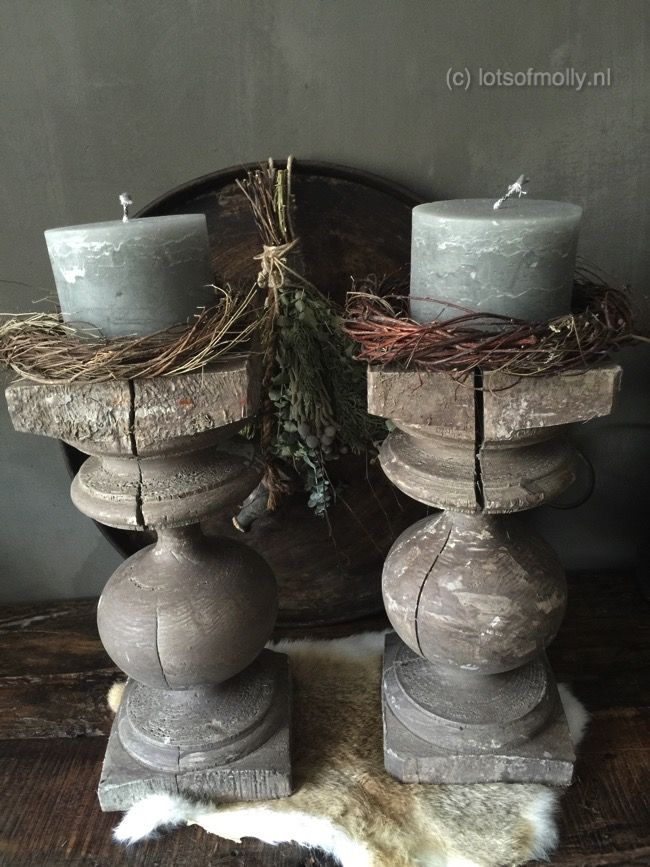 Repurposed columns to candle holders