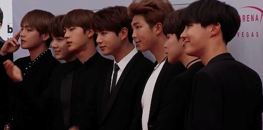 No white wash BTS >> This is the most beautiful fucking thing I will see all day... It's utterly luscious...