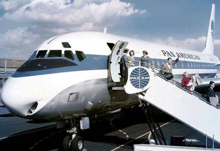 Pan Am DC-8 arriving in Nice 1969