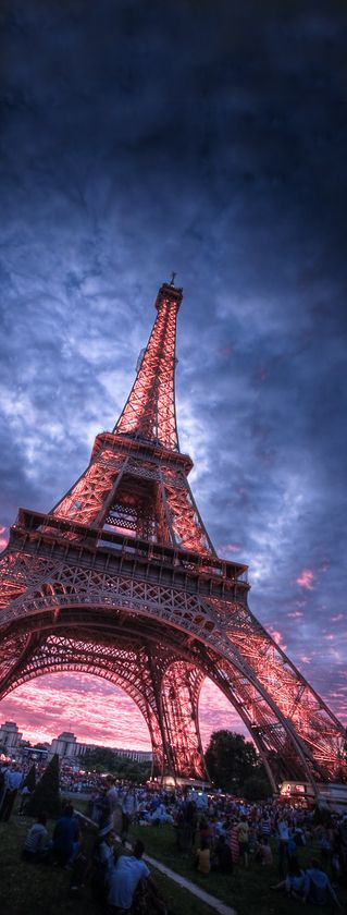 17 best ideas about eiffel tower address on pictures of eiffel tower hotel tour