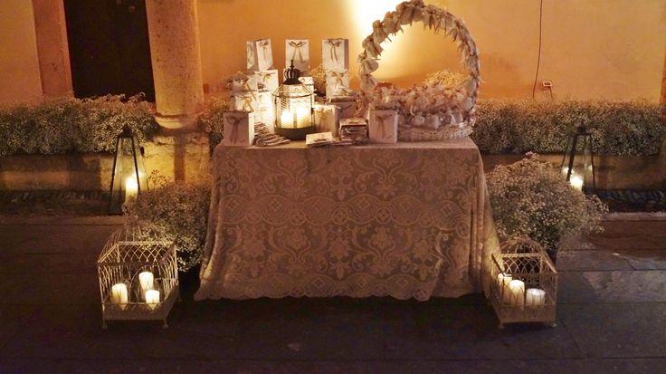 #Floraliadecor #babysbreath #fairylight #roses #candles