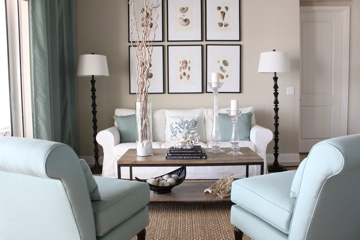 Love the blue with the neutrals home colours - Salon de estar decoracion ...