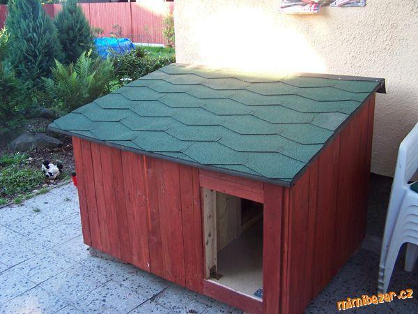 Rozhodla jsem se ušetřit nějakou tu kačku za koupi nové boudy a tak jsem jí iudělala sama. třeba to ...