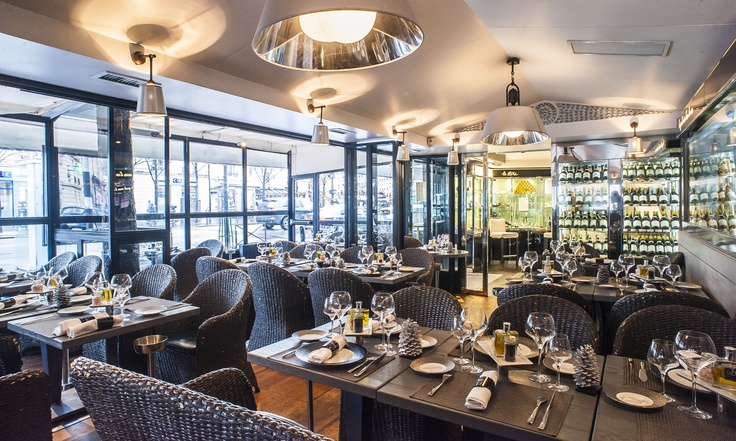 La grande salle du Bar à Huitres Montparnasse !