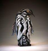Edge Sculpture Pinguin
