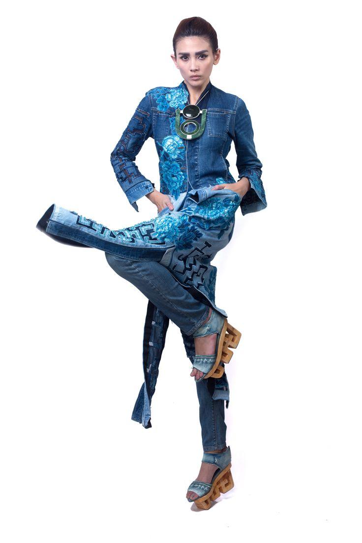 Minh Hanh.Vietnamese Fashion Designer. Museo Di Roma - Italia 2014. Model: Hoang Yen