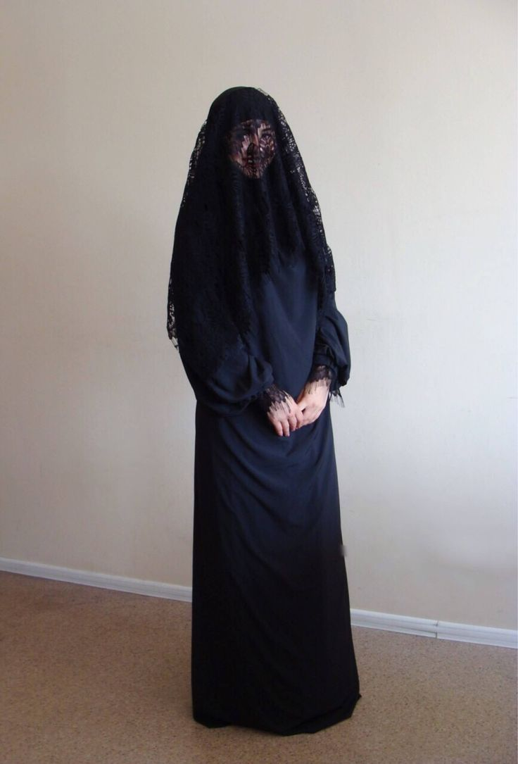The original model of the traditional burqa hijab in black color, which is a single movement can cover your face by lace veil. You just need to lift hijab from his chin and closes face. The niqab is made of soft viscose fabric. This hijab dress has a lace cuff that will make your hijab is not only beautiful but also convenient for the registration, running, walking. This handy headdress like those who do not yet know how to wind a scarf, busy mums and female students. It is simple and…