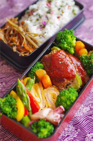 ・きんぴらごぼう ・ピーマンの肉詰め ・にんじんグラッセ ・塩茹でブロッコリー ・ハムとチーズの卵焼き ・アスパラと赤&黄パプリカのソテー ・イカとネギのごま油炒め