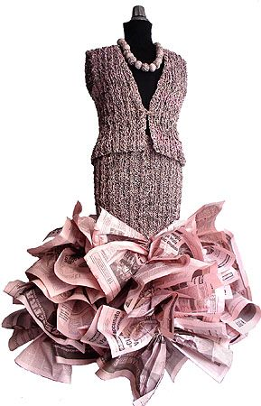 Ivano Vitale - made of pink newspaper. I wish we had pink newspapers here. I'd love to try working with it!
