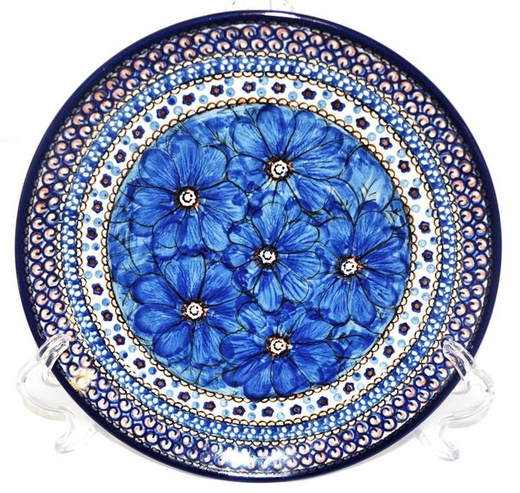 My favorite Polish pottery pattern. Love the blue flowers.