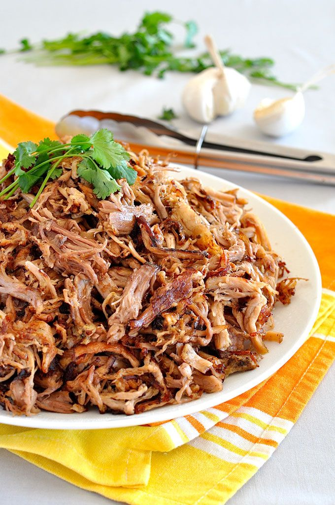 Super easy slow cooker Pork Carnitas (Mexican Pulled Pork) and the BEST way to get the brown bits! #crockpot