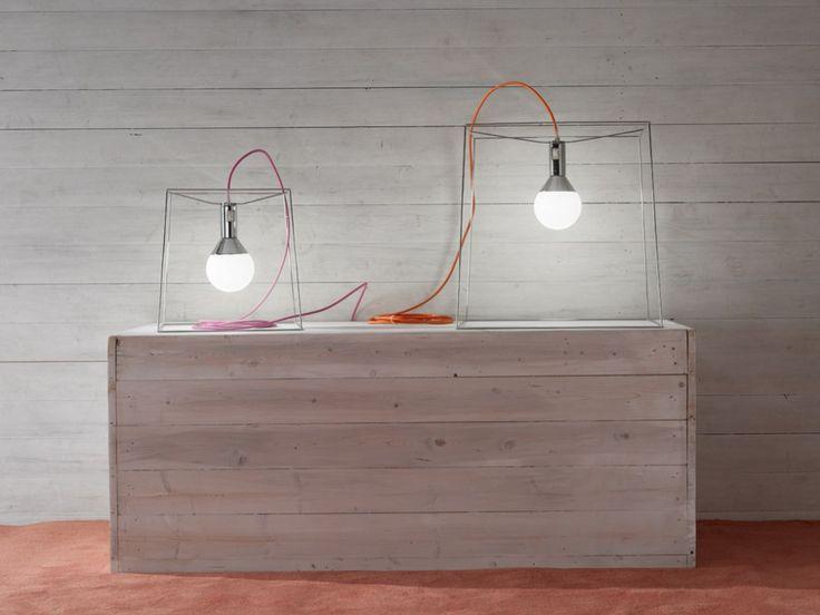 Oltre 25 fantastiche idee su nascondere cavi su pinterest - Portalampada ikea ...