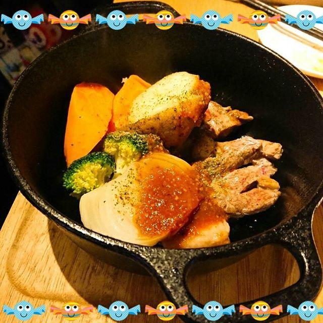 Sep 17 ラベンダーキッチン #自由が丘 #北海道 #肉 #ラーメンサラダ #チーズフライ #ハスカップビール