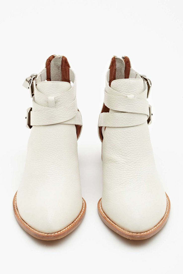 Everly Cutout Boot - Ivory//