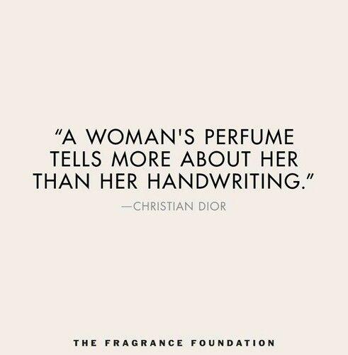 3) Deze quote is zeker van toepassing voor Grenouille. Met zijn ogen toe kan hij al ruiken hoe een vrouw eruitziet. (Dat kon hij bij alles: zowel personen als zaken.) Zo werd hij verliefd op de schoonheid van Laure; op haar onweerstaanbare geur. Hij beweerde dat de geur van iemand zijn/haar schoonheid bepaalt.