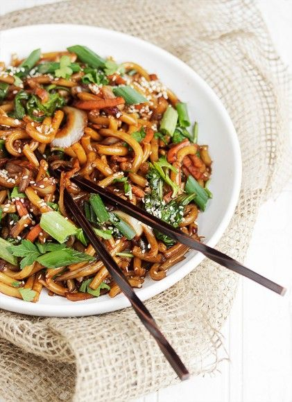 15 Minute Spicy Udon Noodle - delicious dinner quick!