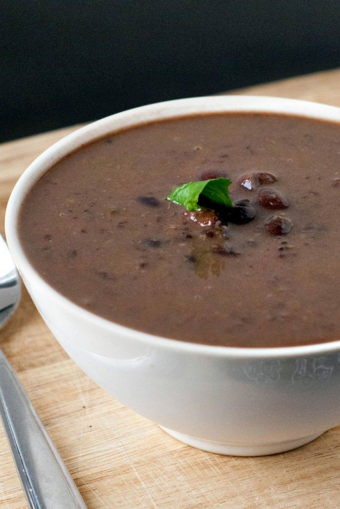 It's not summer yet, we can still totally eat  soup! Smoky Black Bean and Ham Soup