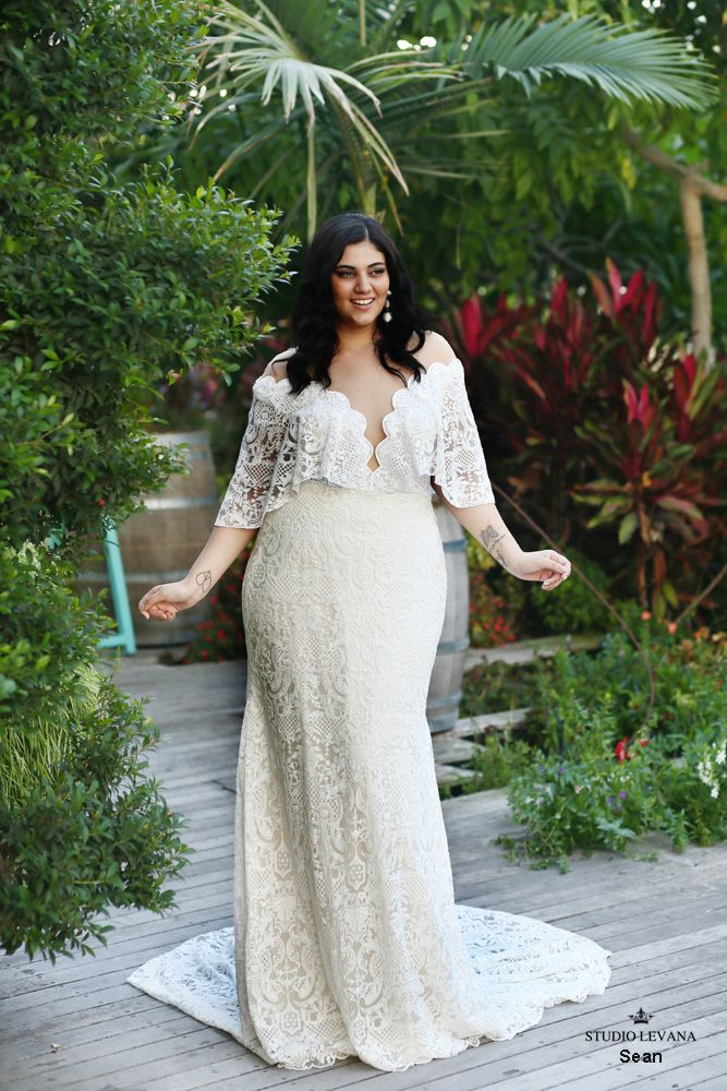 Studio Levana Sean In 2020 Plus Size Wedding Gowns Boho Wedding Gowns Curvy Boho
