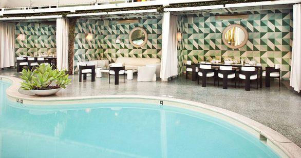 Avalon Hotel in Beverly HillsHotels Beverly Hills, Benches, Hills Hotels, Avalon Hotels, Cottage, Candles, Hotels Pools, Avalon Beverly, Ceramics Columns