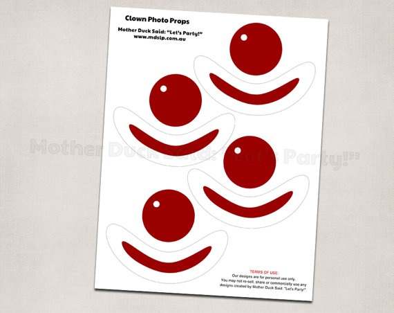 Clown noses Printable Photo Props.  link doesn't work.