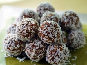 Recipe: No-bake Swedish chocolate balls (chokladbollar)