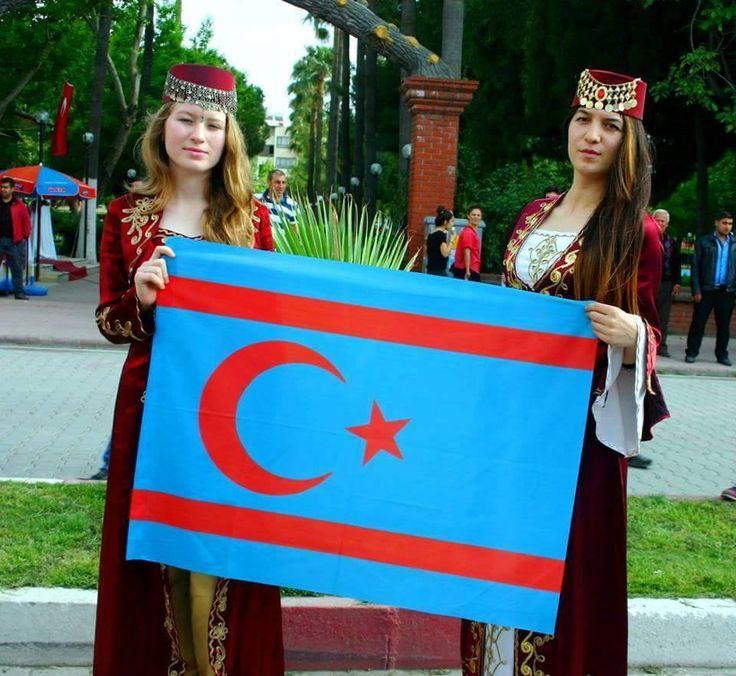 Hatay'da yapılan 1. Uluslararası Yörük Şöleni'nden Suriye Türkmenleri  Murtaza Karaali