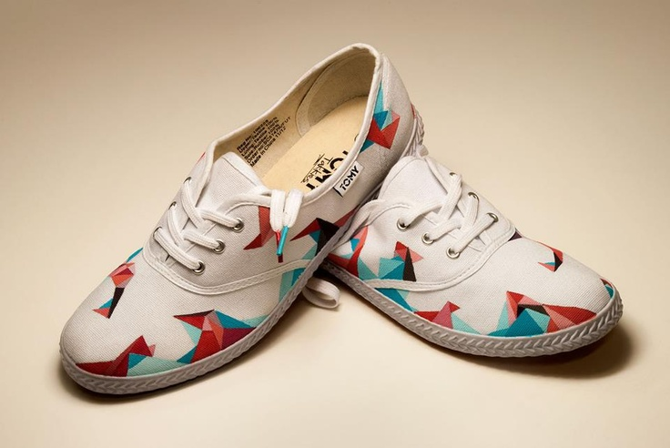 Dying Canvas Shoes Red