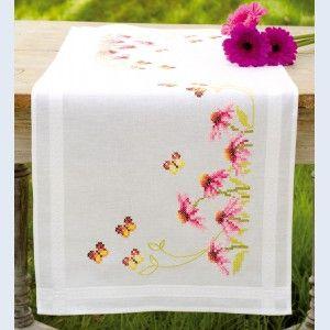 Echinacea and Butterflies: tafelloper, voorgedrukt borduurpakket in kruissteek