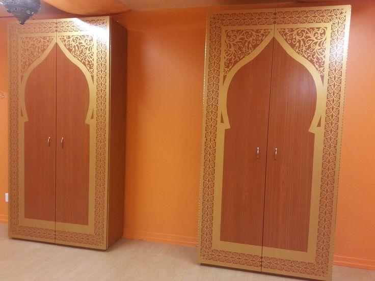 armoires d 39 inspiration du moyen orient de 4x8 39 fait la main motif de portes orientales. Black Bedroom Furniture Sets. Home Design Ideas