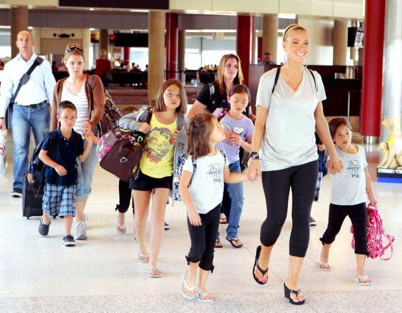 Kate gosselin kids 2013 | Kate Gosselin biography, net worth, quotes, wiki, assets, cars, homes ...