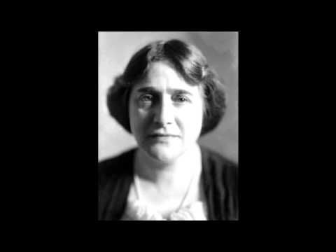 Schubert - Sonata in B-flat major, D. 960 (Myra Hess) - YouTube