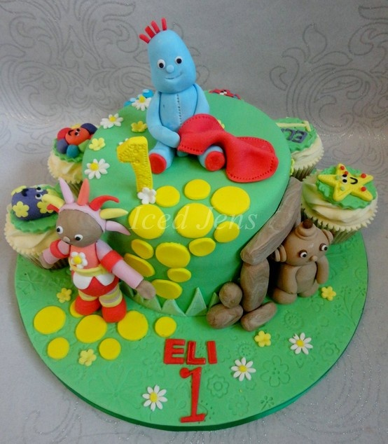 18 best images about birthday cakes on pinterest garden for In the night garden cakes designs