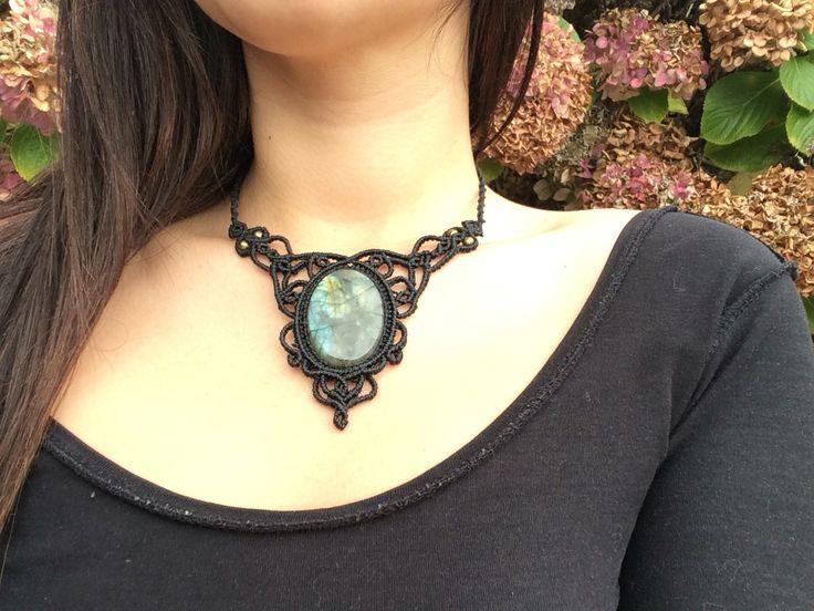 Labradorite necklac. Mystic jewlery, gypsy style. Gothic look
