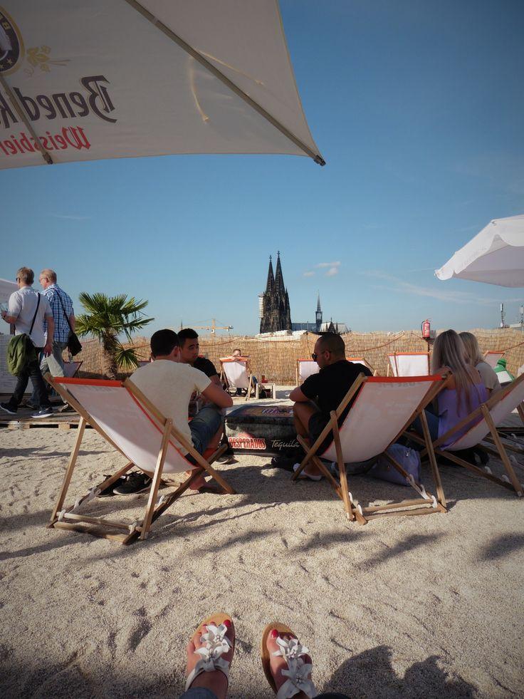 Parkhaus Beach, über den Dächern von Köln, Blick auf den Kölner Dom