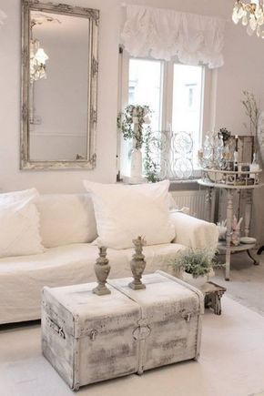 17 best ideas about couchtisch shabby on pinterest couchtisch shabby chic shabby chic lounge. Black Bedroom Furniture Sets. Home Design Ideas