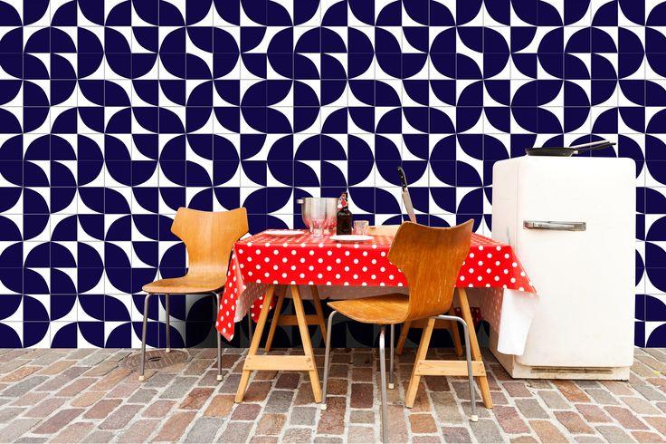 Lurca Azulejos - Coleção Modelo Quadrante Azul Royal // Collection Quadrante Royal Blue Ceramic Tiles // Shop Online www.lurca.com.br/ #azulejos #azulejosdecorados #revestimentos #arquitetura #interiores #decor #design #sala #reforma #decoracao #geometria #casa #ceramica #architecture #decoration #decorate #style #home #homedecor #tiles #ceramictiles #homemade Feito no Brasil #saopaulo #sp #brasil #brazil #design #brasil #braziliandesign #designbrasileiro