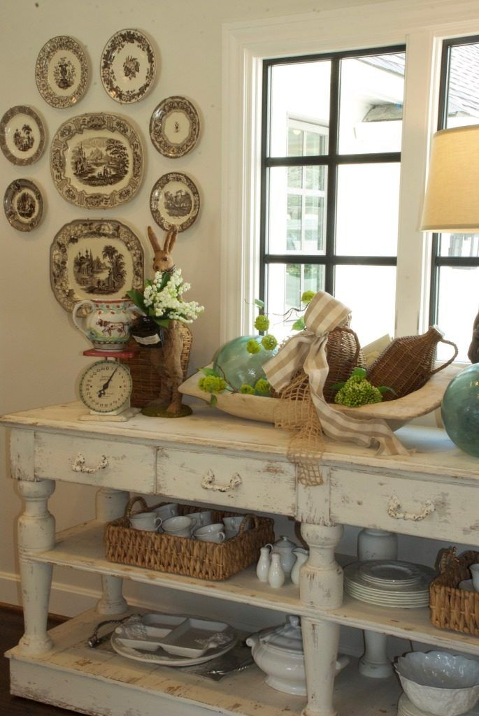 Console Tables: The Perfect Fit - Nell Hills
