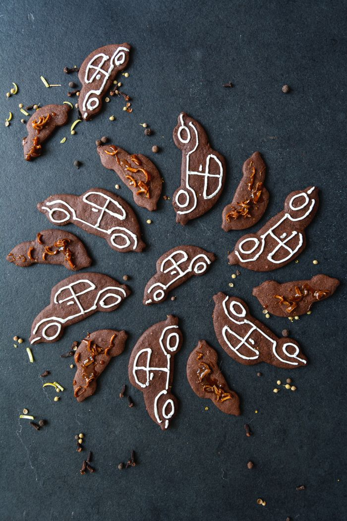 Get ready for the Christmas season and bake a batch of fragrant Chocolate Spice Cookies. Join the Food Bloggers for Volkswagen board on Pinterest for more delicious inspiration from great food bloggers.