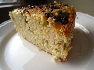 Białe ciasto fasolowe z wiórkami kokosowymi i czekoladą