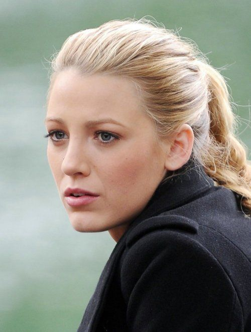 gorgeous blake, no makeup.