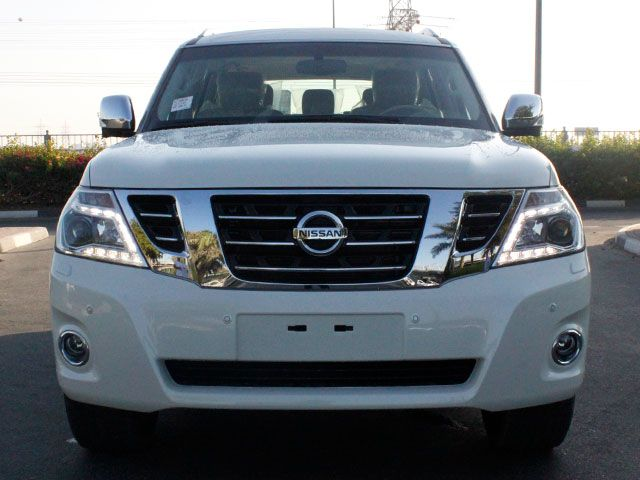 Nissan Patrol: 2014 Nissan Patrol SE Platinum | Dzooom.com