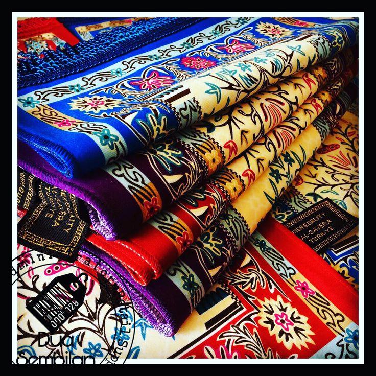 Sajadah | Sejadah Tiga Perempat | Sejadah 3/4 | Mini Islamic Carpets | Muslim Prayer Mats | Solat | Contemporary & Vibrantly-Coloured Sejadah | Soft Velvet Feel | Islamic Art | Islamic Patterns & Tradition | Wedding Favours | Hajj Favours | Various Motifs & Designs | Light Weight | Wedding Door Gifts | Singapore Malay Wedding Souvenirs | Berkat Majlis Pernikahan | Majlis Khatam Quran | Berkat Majlis Berkhatan | Akad Nikah | Cukur Rambut | TunangSG | Dua Sembilan | Duaa Sembilann