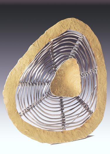 Brooch | Biba Schutz.  'Slice', 1999  18k gold, sterling, fine silver