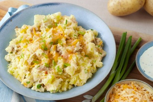 Fiesta smashed potatoes - easy, fast and very tasty...a different alternative to just plain mashed potatoes!!