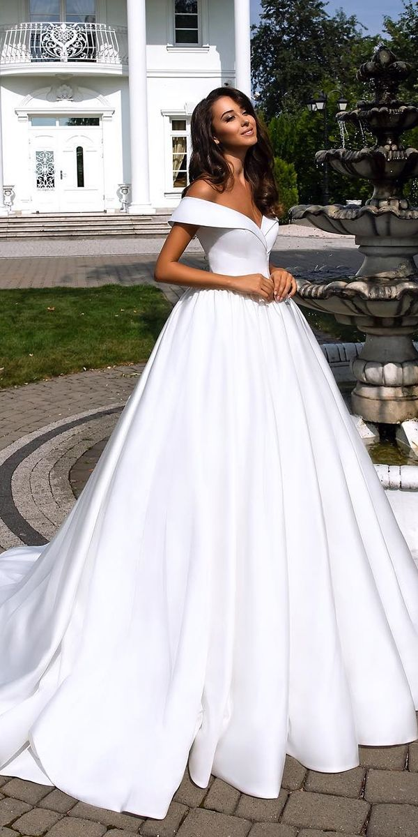 Totally Unique Fashion Forward Wedding Dresses  Ball gowns