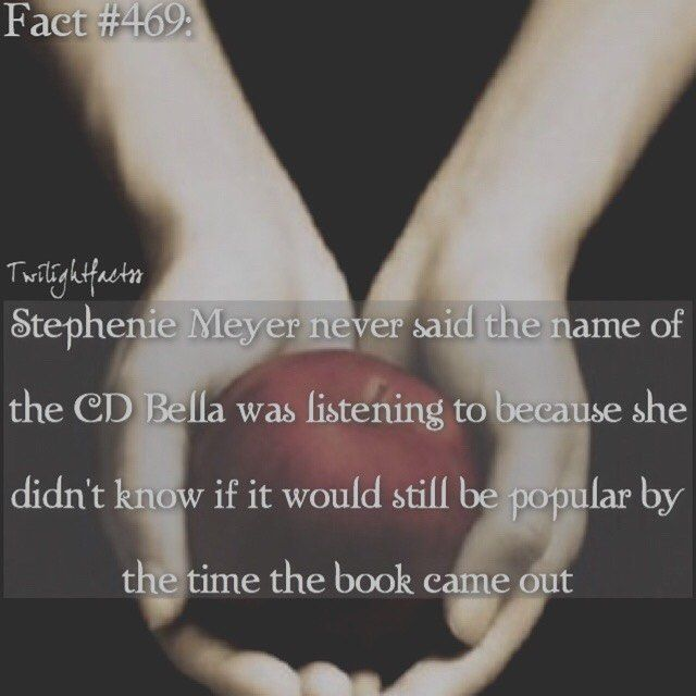 WEBSTA @ twilightfactss - ~QOTD: What's the last song you listened to?AOTD: Smooth Criminal-Autumn{#twilightsaga#twilight#linkinpark#stepheniemeyer#twifact469}