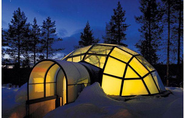 「ホテル・カクシラウッタネン」の「ガラスイグルー」と呼ばれる宿泊施設
