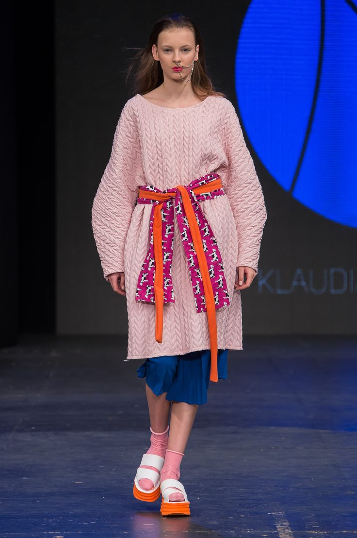 #klaudia markiewicz #fwpl #seat #fashionweek #fashionweekpoland #carlorossi