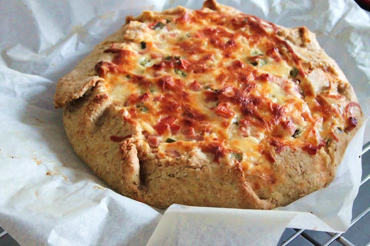 Lækker og nem fedtfattig tærtedej uden smør. Spis tærte med god samvittighed, lav den med en sund tærtebund. Få opskriften her >>